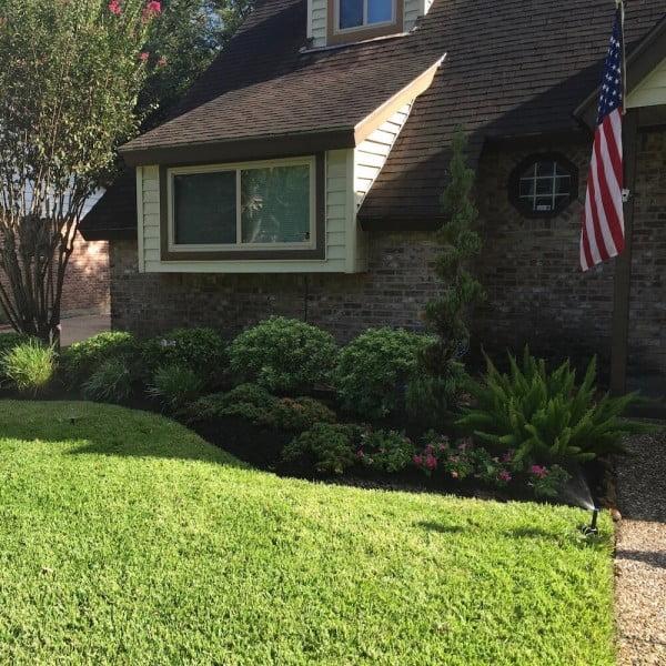frontyard lawn sprinkler Houston