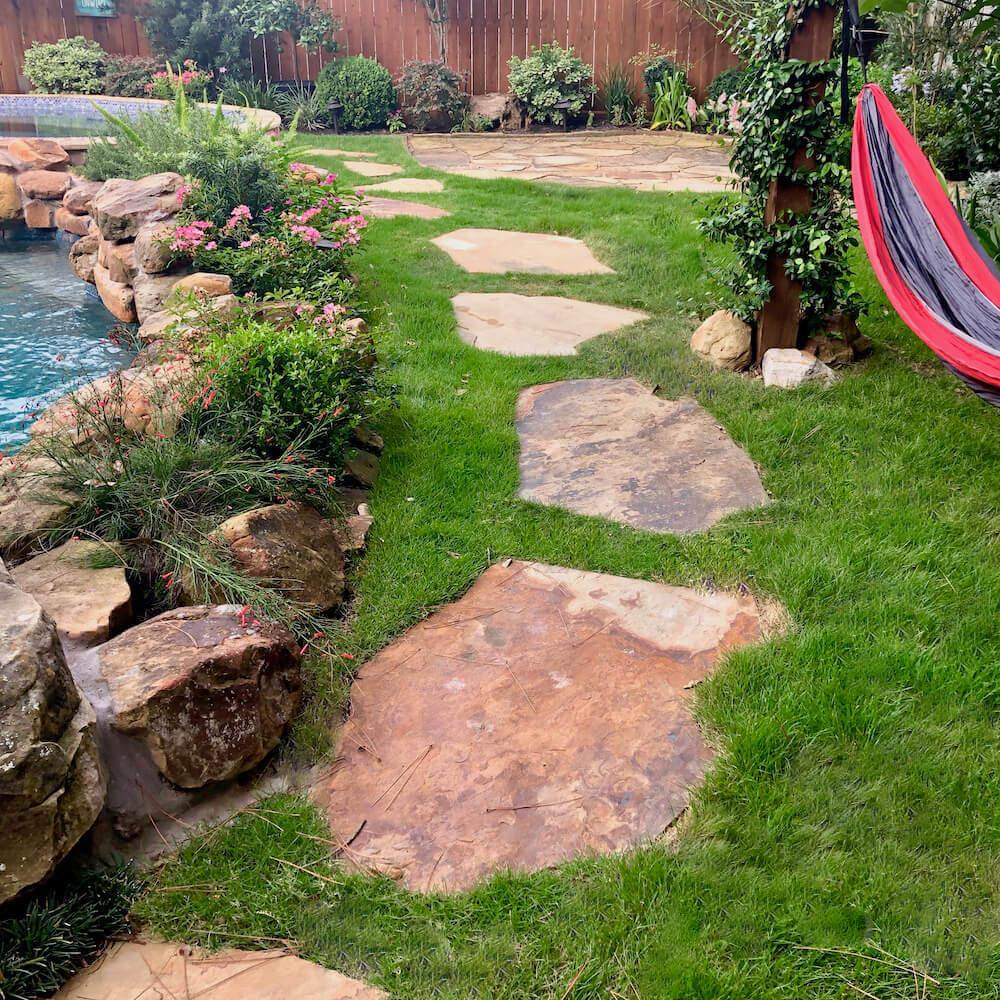 back yard landscape flagstone paver 77077