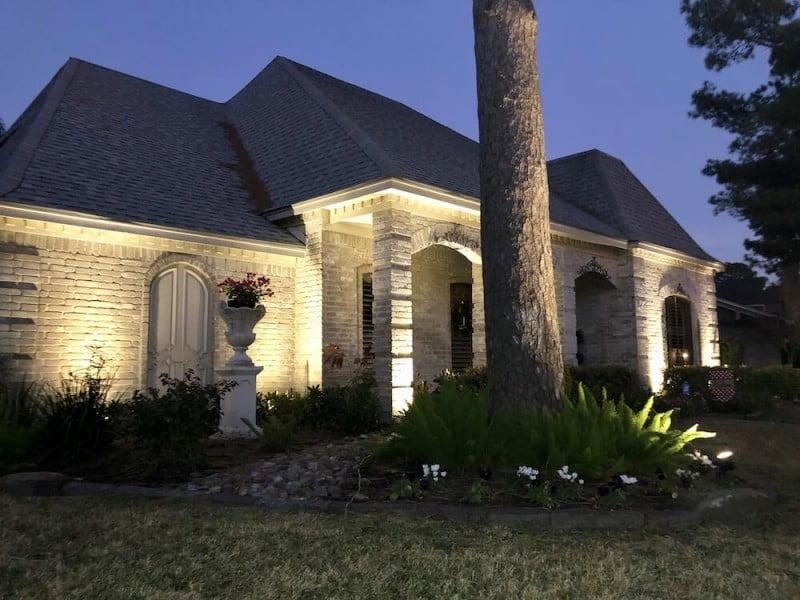 outdoor landscaping lighting ideas 77401
