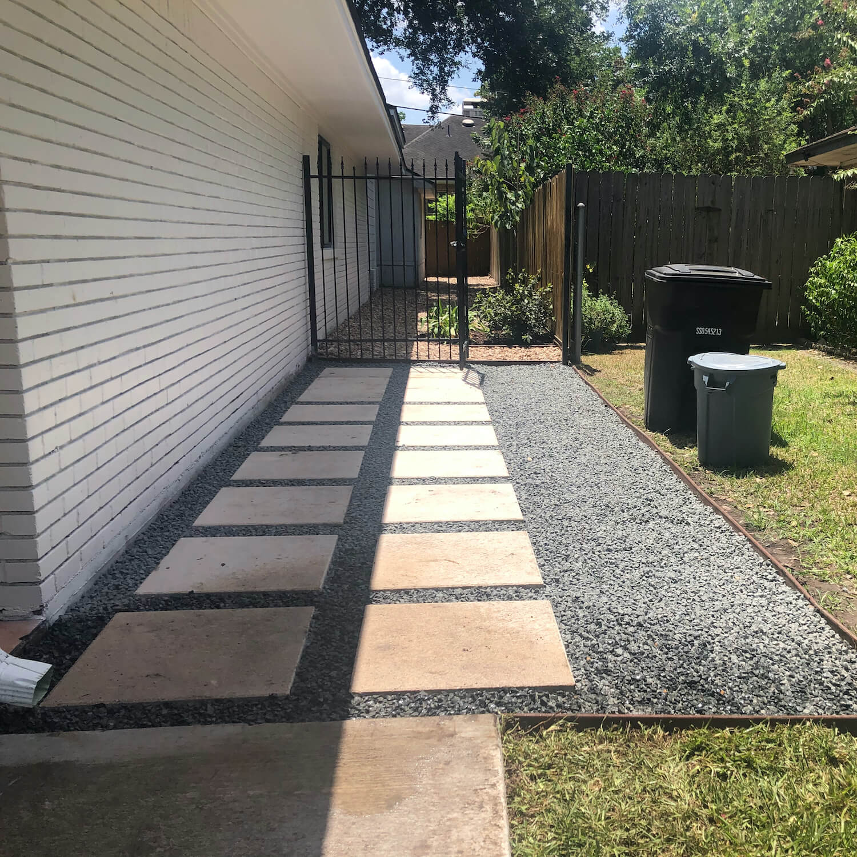 Landscape backyard paver
