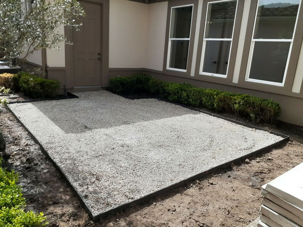 backyard artificail turf preparing basin